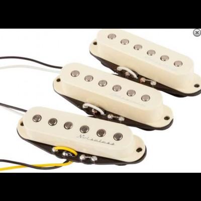 Fender Hot Noiseless StratPickups (Aged White)