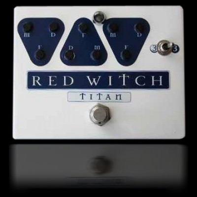 Red Witch Titan Delay Pedal