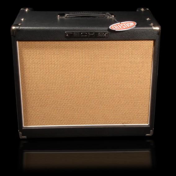 tech 21 power engine 60 amplifier hot rox uk. Black Bedroom Furniture Sets. Home Design Ideas